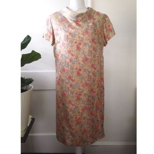Vintage Floral Shift Dress Jackie O Style